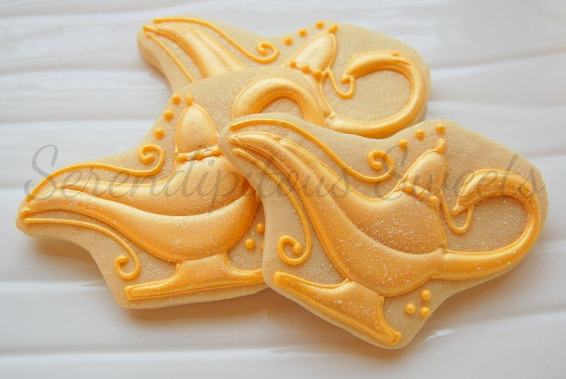 Aladdin's oil lamp cookie by Simply Sweets by Honeybee