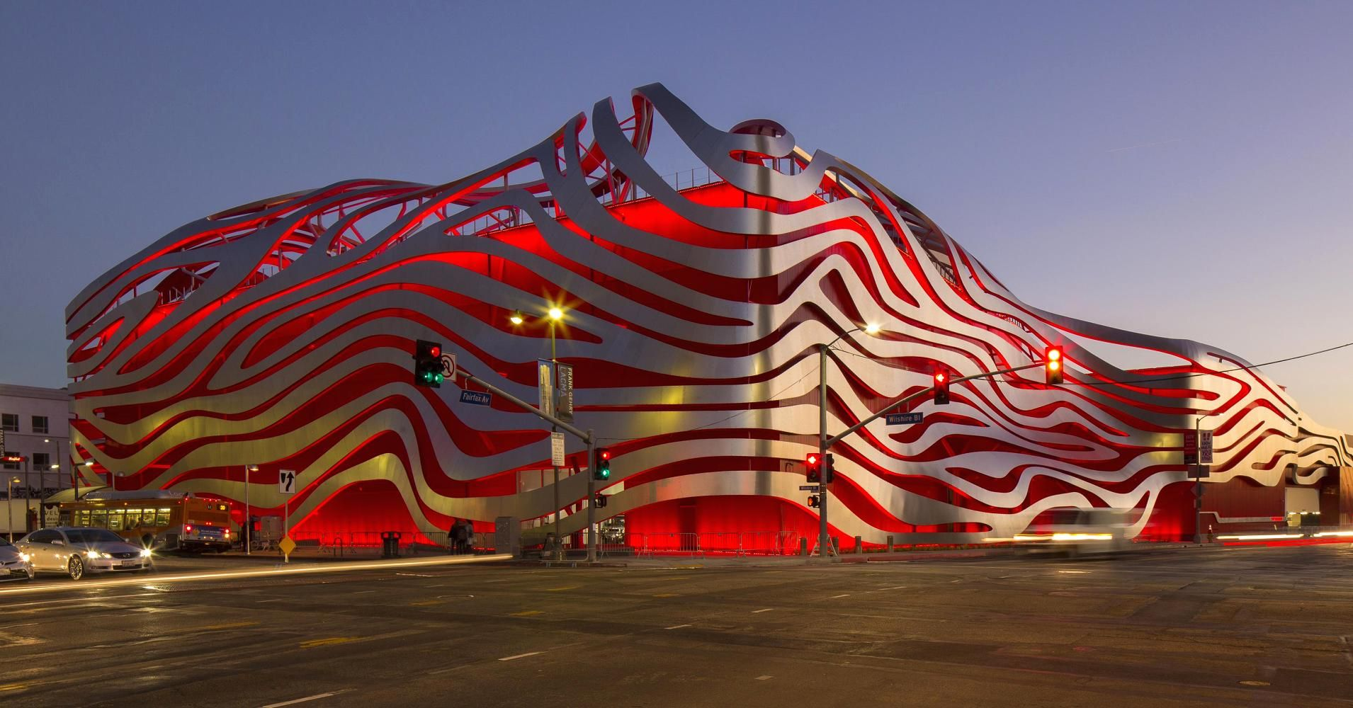 Car Lover S Dream La S Petersen Museum Reopens Cnbc Los Angeles Museum American Architecture Museum