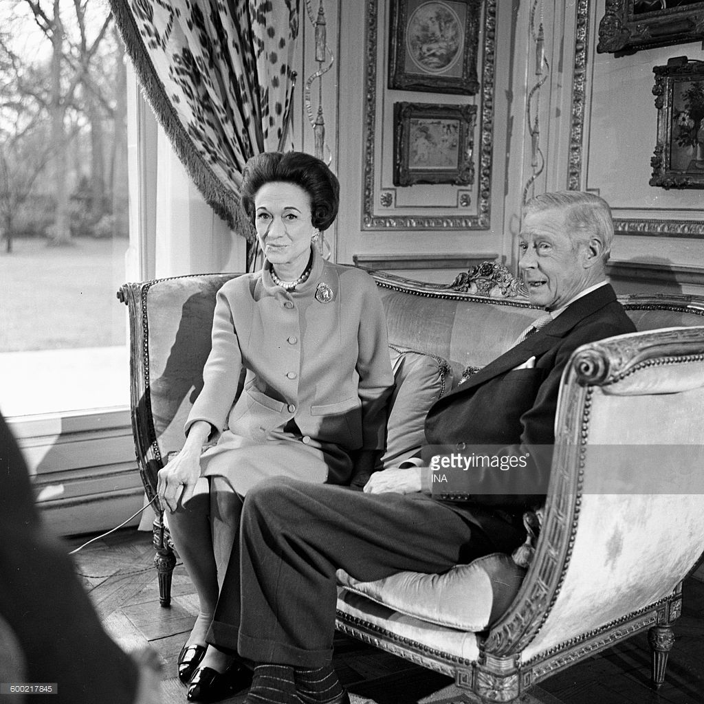 Wallis simpson wedding dress  The Duchess and the Duke of Windsor interviewees in the lounge of
