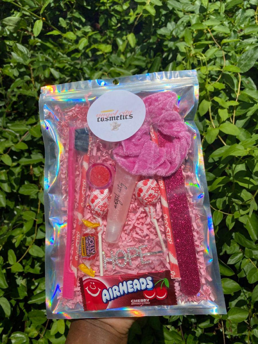 Angelcitycosmetics lipgloss diy gifts to sell lip