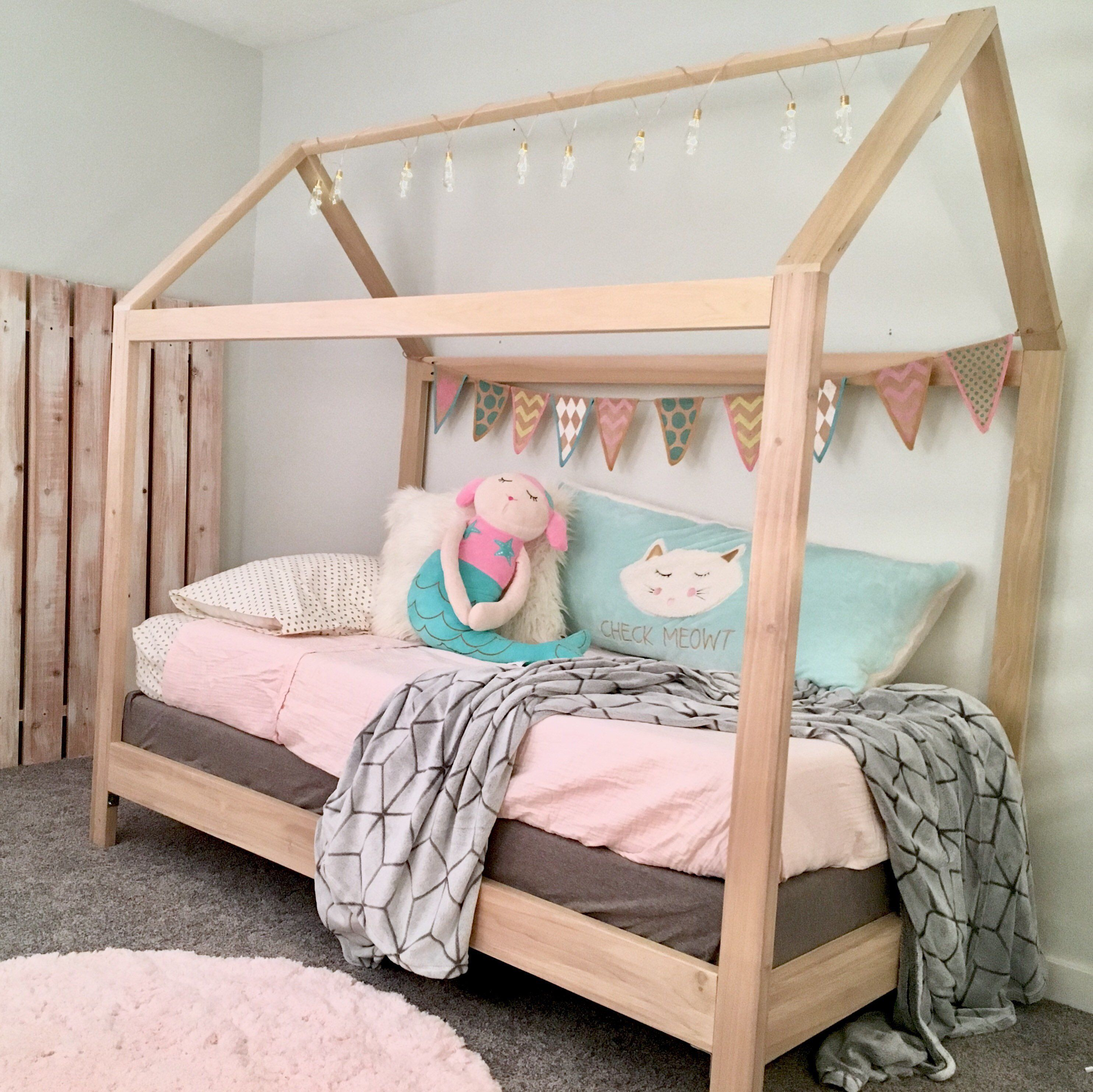 ThePinnedPurveyor Twin bed frame, Toddler house bed, Diy