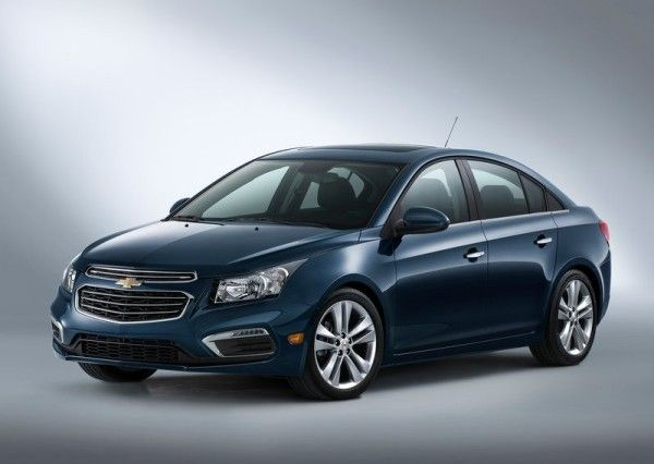 2015 Chevrolet Cruze Side Exterior 600x426 2015 Chevrolet Cruze Review And Features Details Chevrolet Malibu Chevrolet Dan Wajah