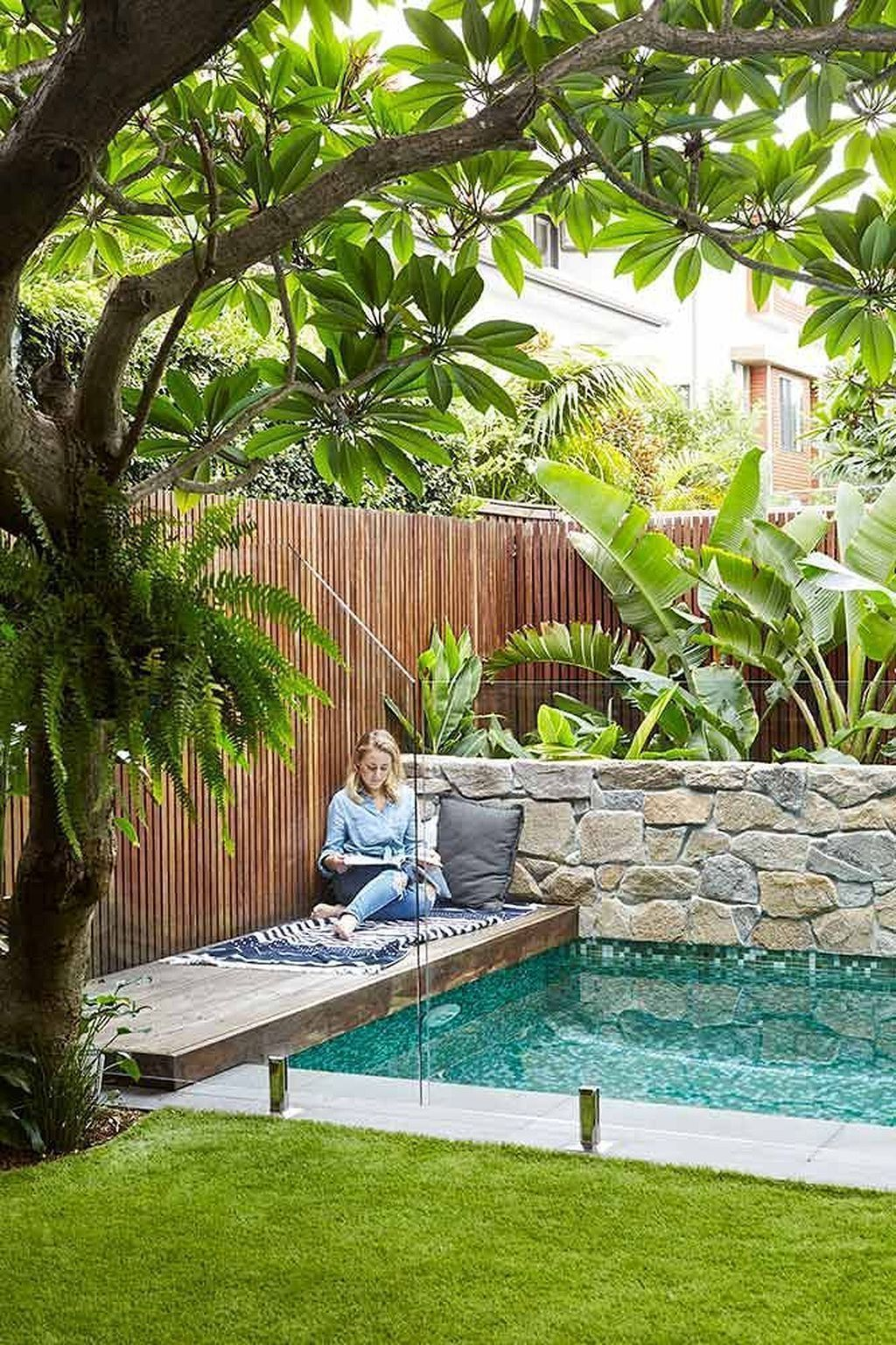 Nice 53 Minimalist Small Pool Design With Beautiful Garden Inside Small Backyard Design Small Pool Design Backyard Pool Landscaping