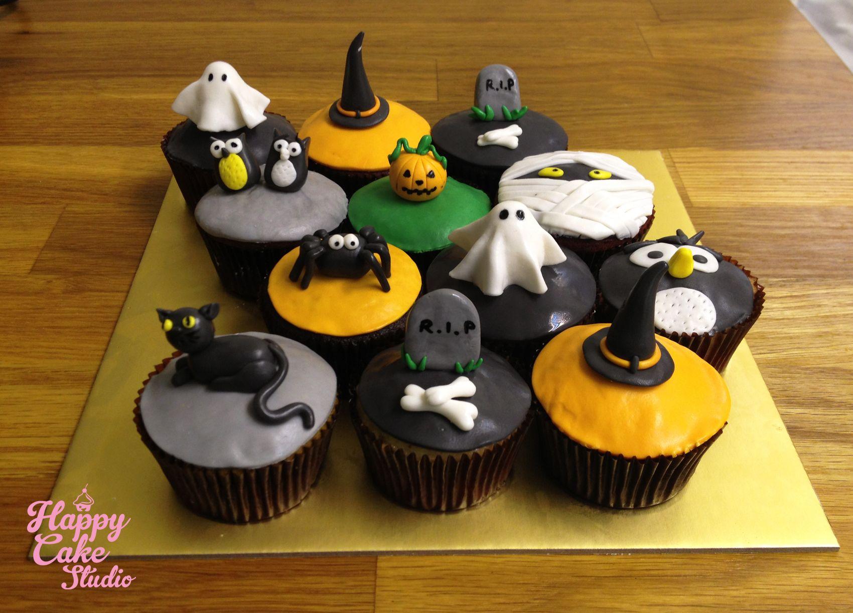 Fondant Halloween Decorations.Posts From October 2013 On Happy Cake Studio Halloween Cupcakes Halloween Cupcakes Decoration Halloween Food For Party