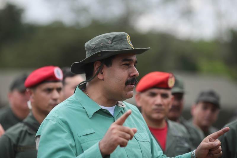 .@NicolasMaduro:La paz es el escenario donde veremos florecer el socialismo y una nueva civilización realmente humana