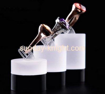 Wholesale acrylic jewelry display hand acrylic retail displays plastic counter…