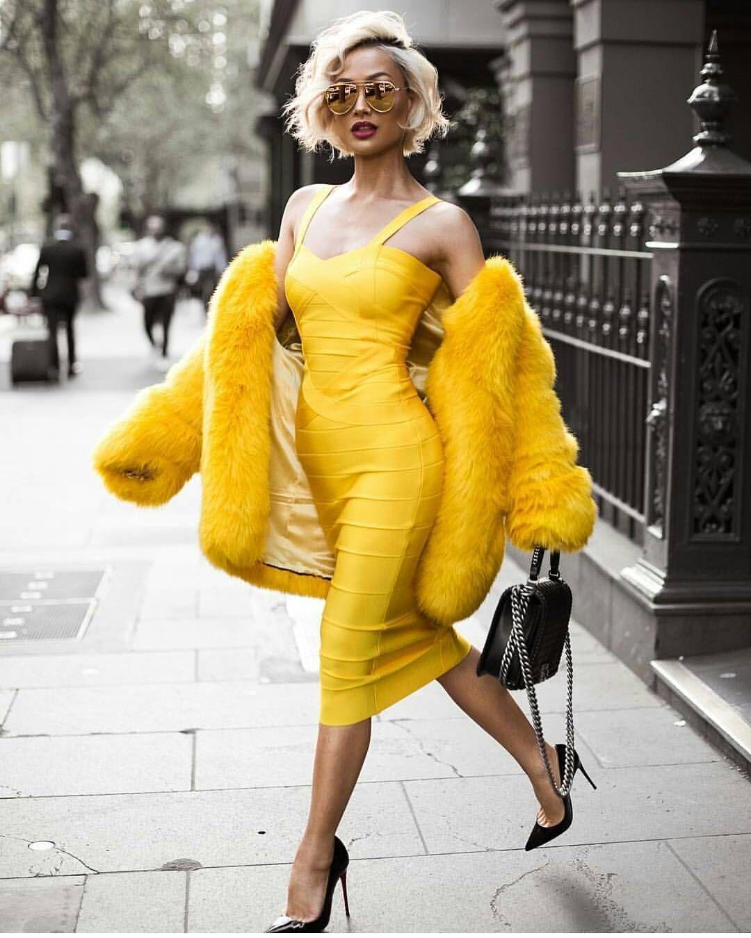 369 vind-ik-leuks, 34 reacties - Fashion Visionaries (@fashion_visionaries) op Instagram: 'Spring is here  Via @micahgianneli'