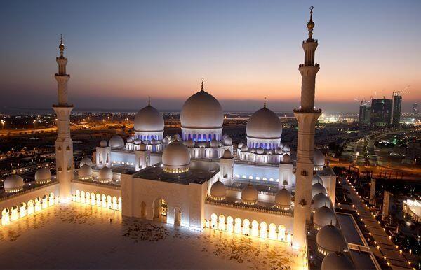 Exterior: Sheikh Zeid Masjid(Mosque) Abu Dhabi