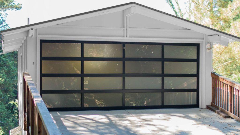 The Benefits Of Glass Garage Doors With Images Garage Doors