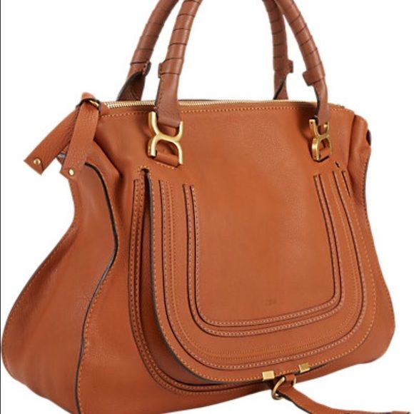 b2276cce48f6 Chloe Marcie Medium Bag Beautiful cognac Chloe Marcie handbag.Front flap  detailed with stamped logo and equestrian-inspired topstitching