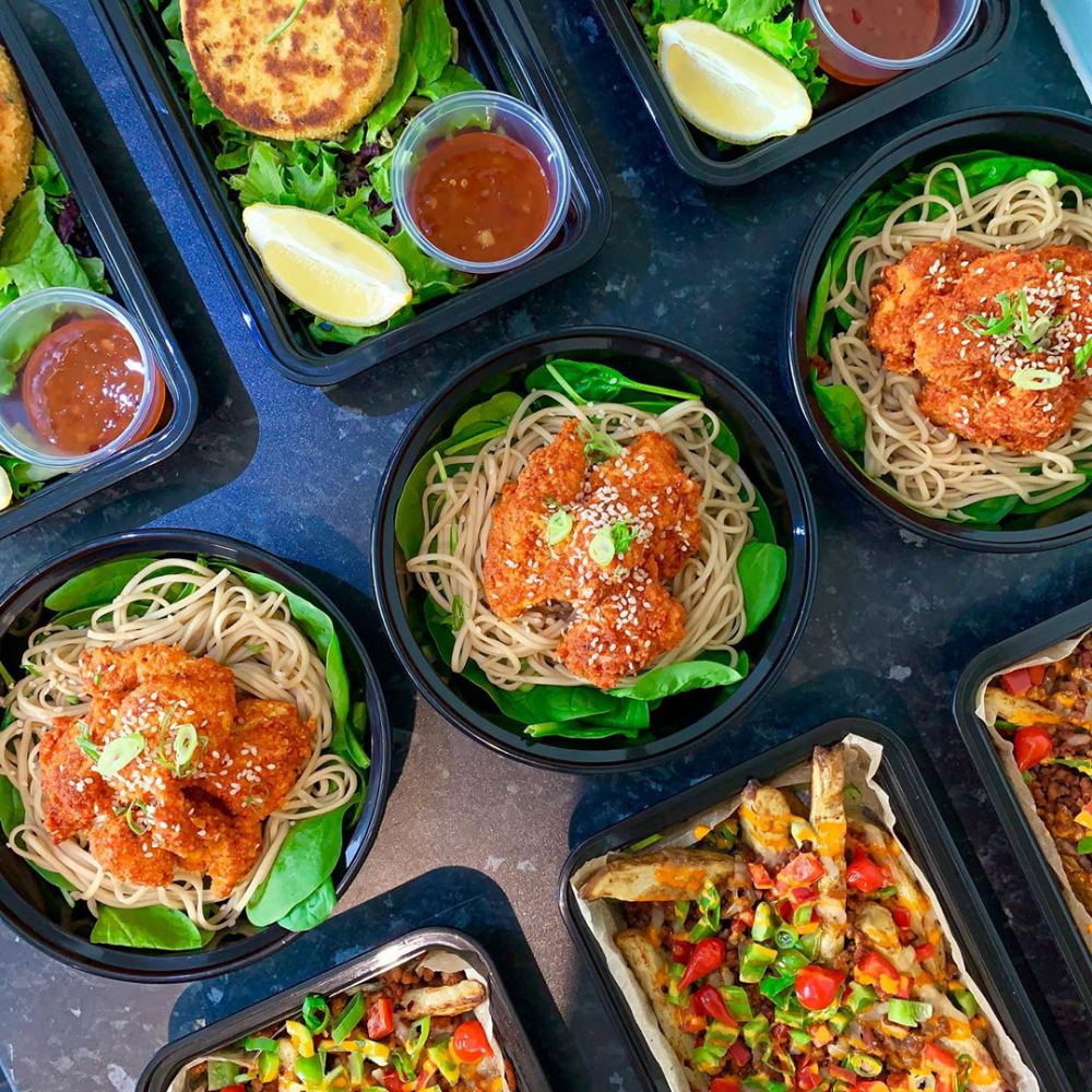 Meet The Meal Prep King And Queen Who Have Lost A Combined 200 Pounds By Cooking The Entire Weeks Food In One Go Meal Prep Ways To Cook Eggs Lunch Meal Prep