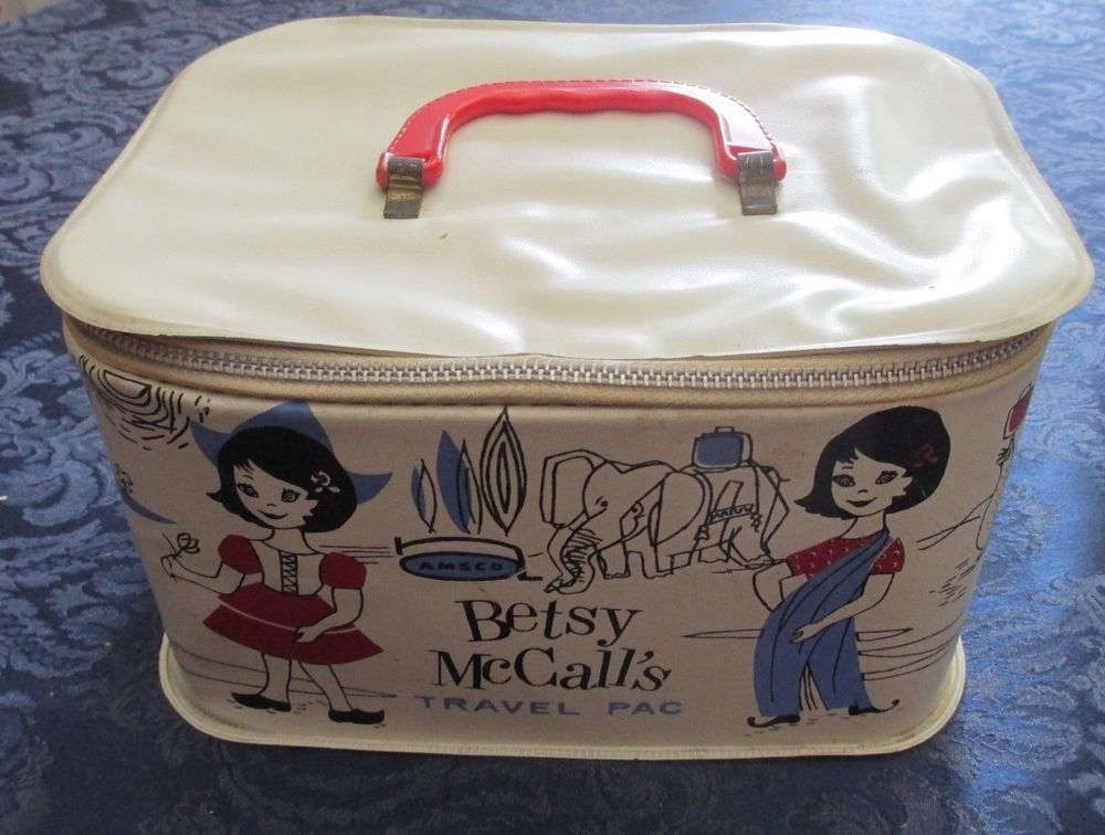 1950'S Vintage Betsy McCall's TRAVEL PAC Suitcase bt AMSCO