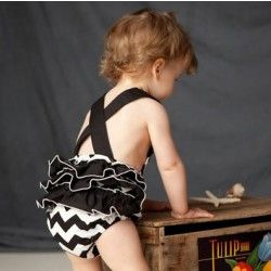 Chevron summer romper-Oh my goodness. Are you kidding me right now? So. Sweet.