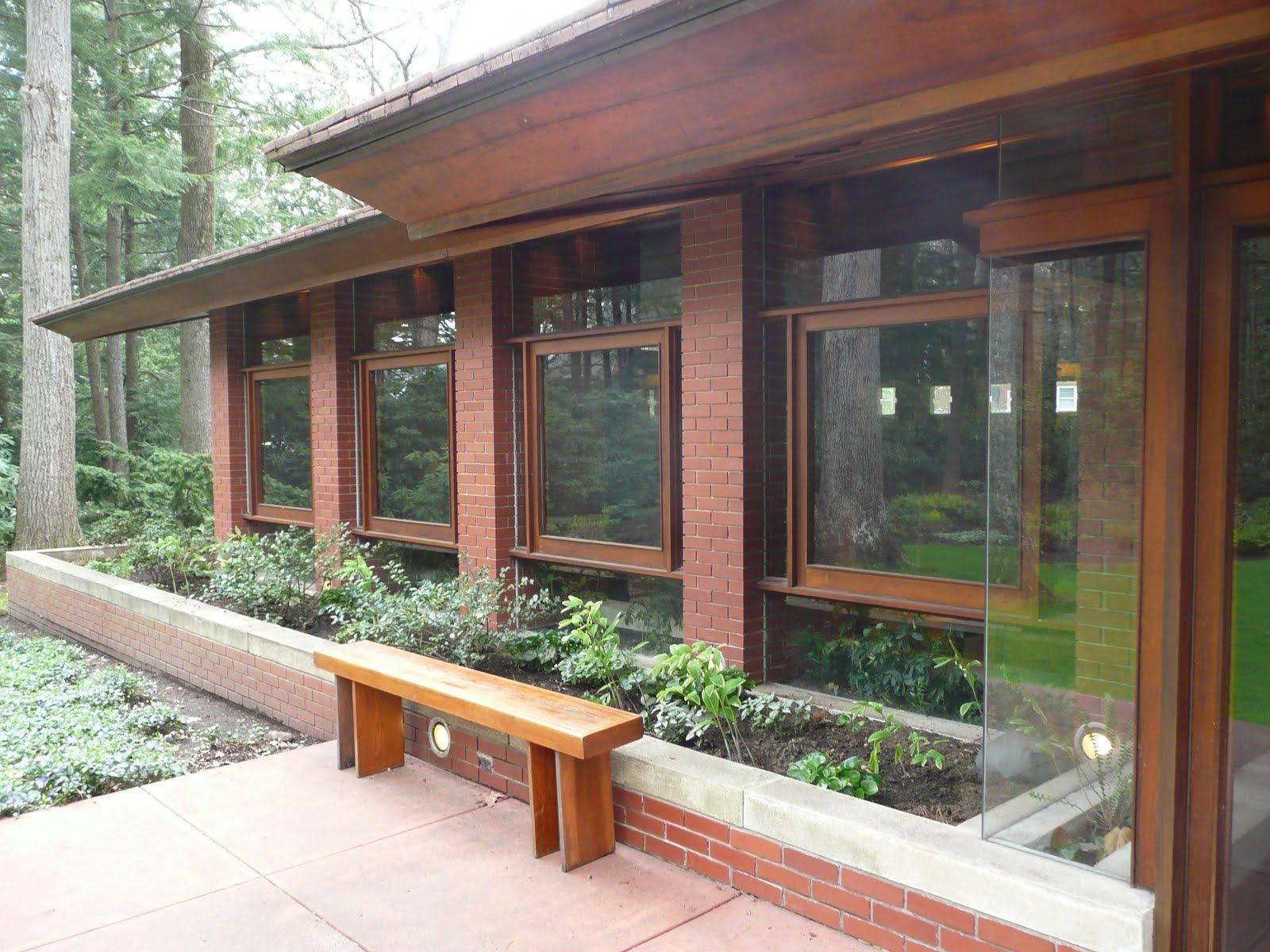 Frank Lloyd Wright Usonian Home Love The Details Like The Floating
