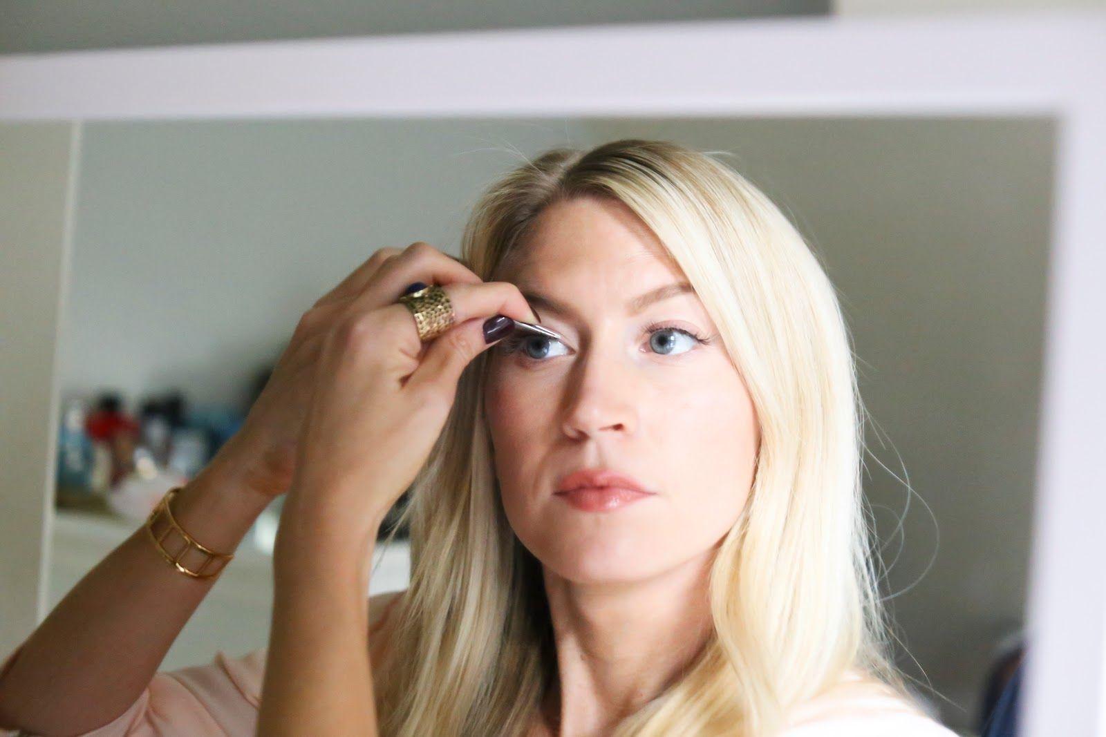 HOW TO APPLY EYELASH EXTENSIONS YOURSELF Eyelash