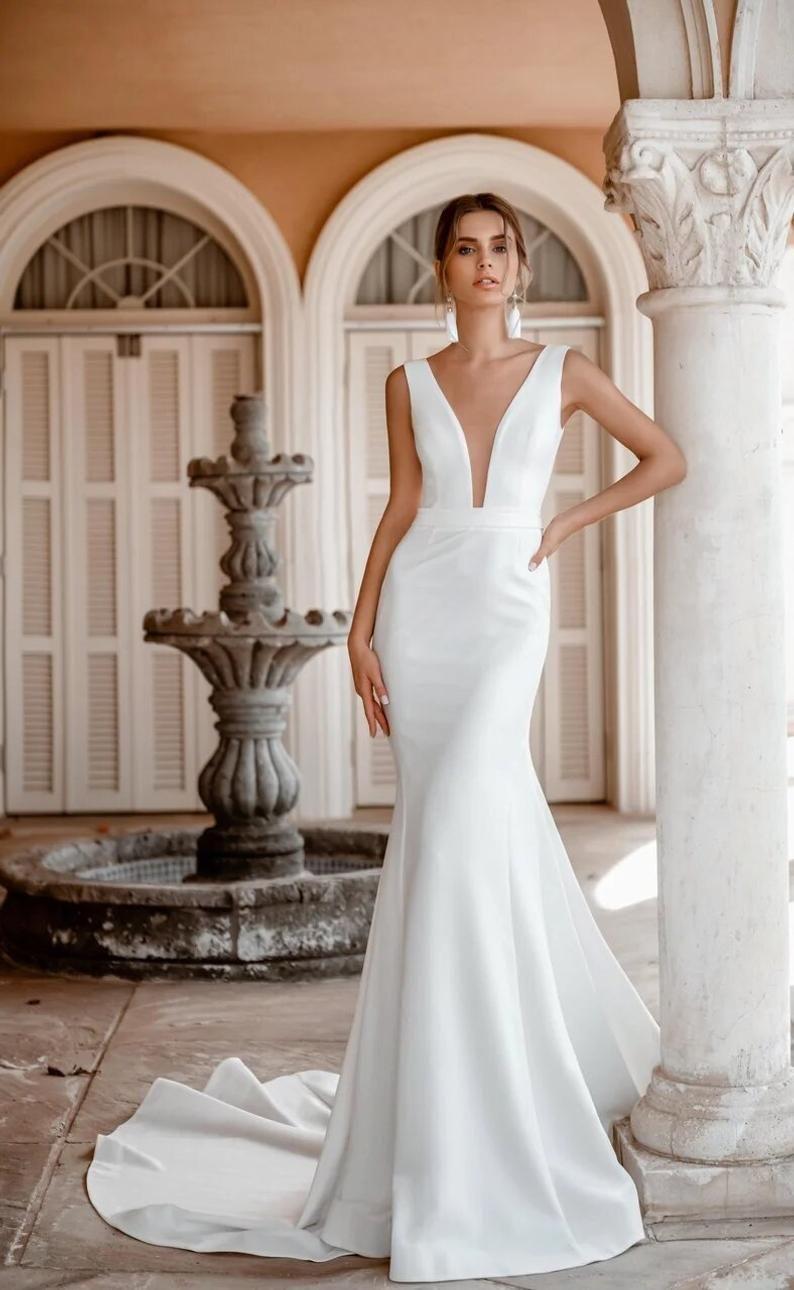 Simple Mermaid Satin Modern Crepe Open Front Ivory Wedding Etsy Wedding Dress Train Satin Mermaid Wedding Dress Classic Wedding Dress Elegant [ 1290 x 794 Pixel ]