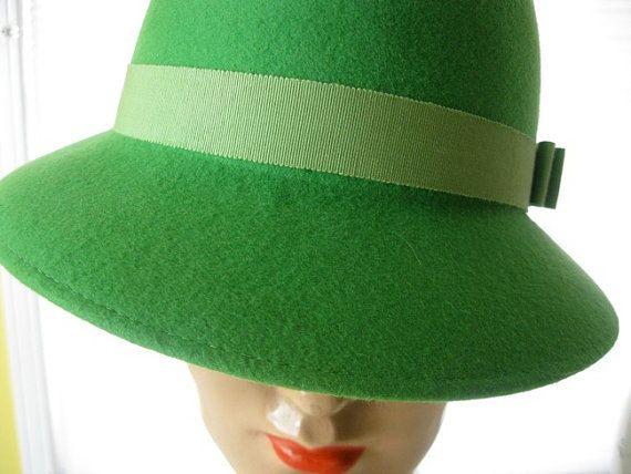 hat VINTAGE bright green FEDORA doeskin felt by poppyfrockvintage ... 0ea3a94ed551