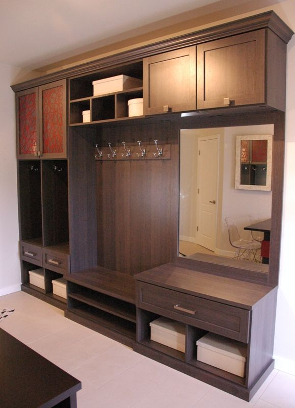 Modern Entryway system by California Closets Toronto