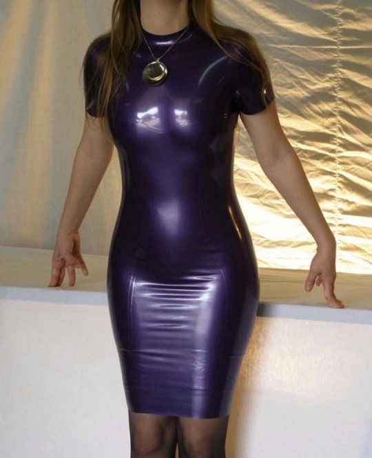 Pics amateur latex Going to