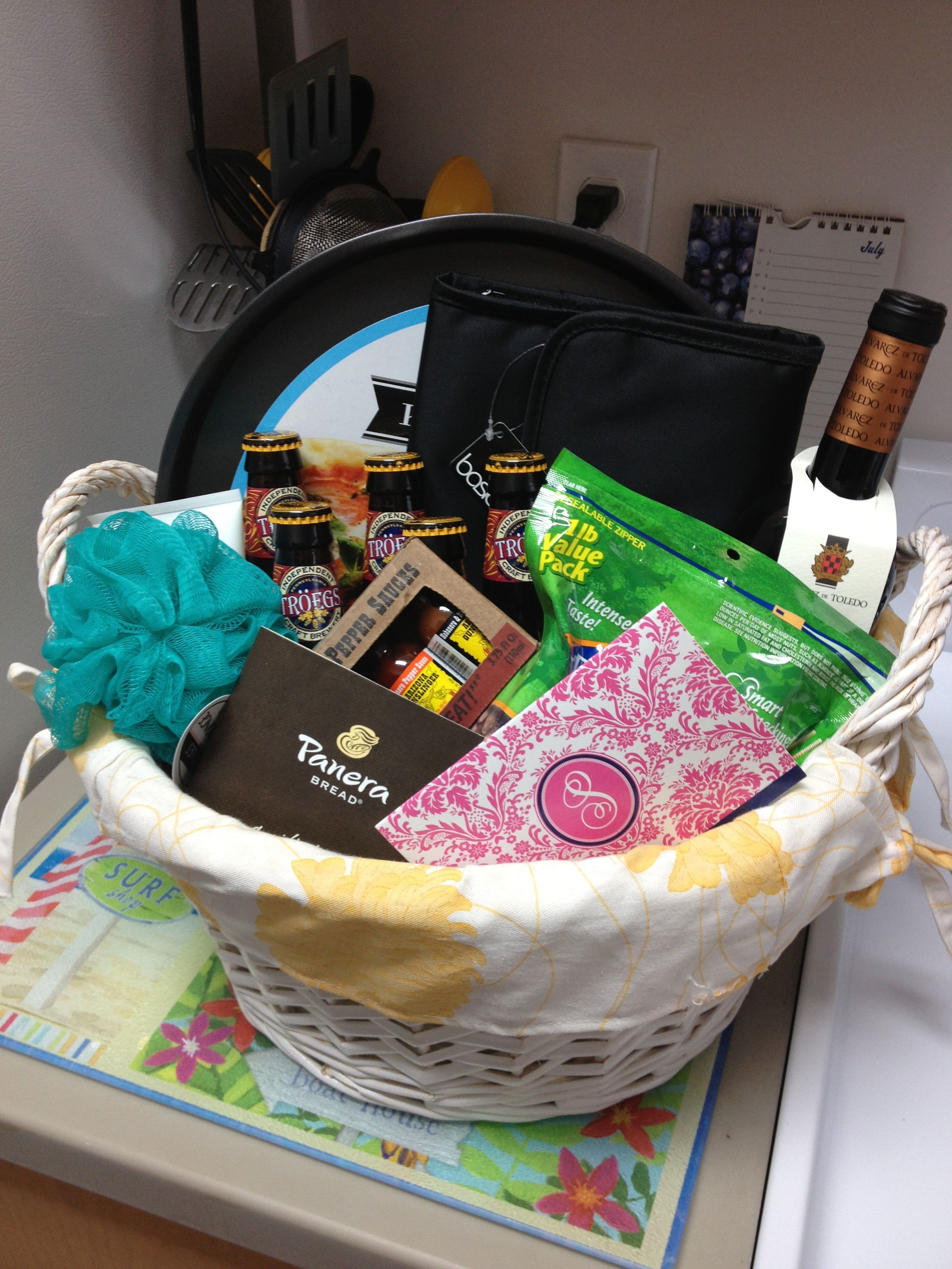 455b7487a4705 Thank you basket for my boyfriend Thank You Baskets