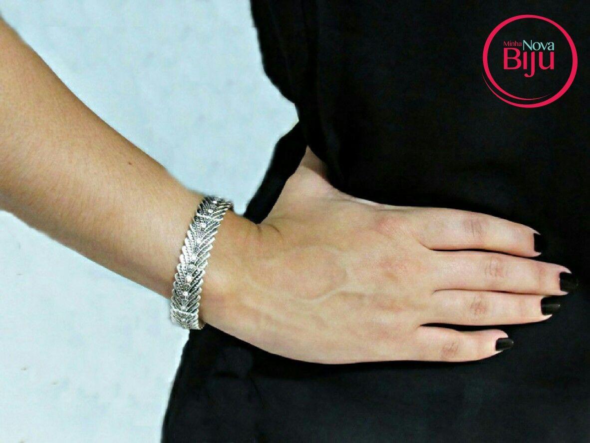 Pulseira lindinha para  o dia a dia ❤  www.minhanovabiju.com.br  #minhanovabiju #acessoriosfemininos #acessorios #pulseiracomstrass  #pulseirafeminina #lojaonline  #bijuterias #bijuteriasfinas #moda  #style #salvadorbahia #enviamosparatodobrasil