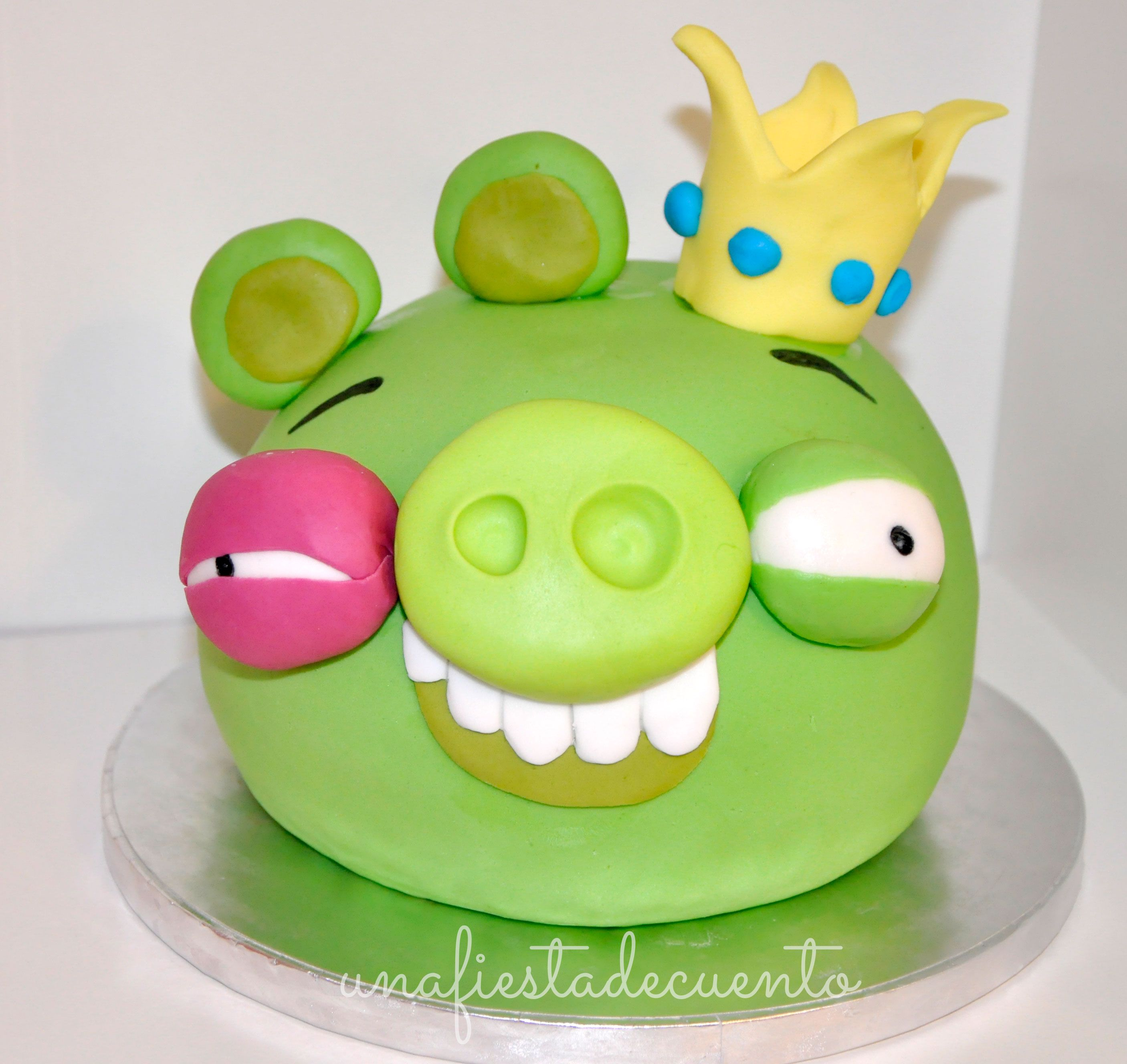 Angry birds King Pig Fondant Cake Marcos 6th Birthday Pinterest