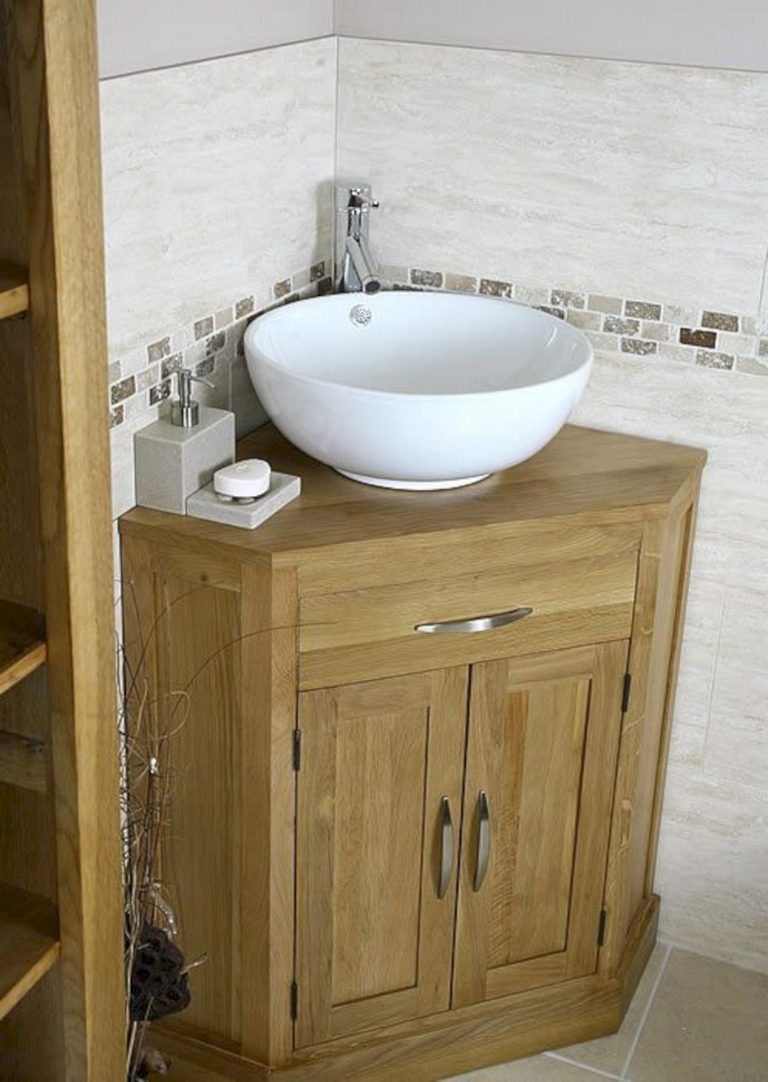 25 Lovely Corner Bathroom Sink Ideas For Small Bathroom Inspiration Freshouz Com Small Bathroom Sinks Corner Sink Bathroom Small Bathroom Vanities