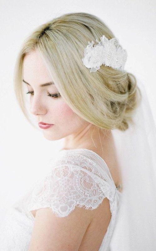 ANNIKA Lace Headpiece http://ift.tt/1ml19xv
