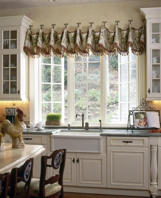 Impressive Kitchen Window Treatment Ideas | CreativityBin