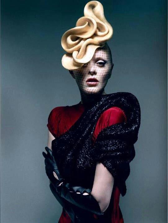 Épinglé par Tracey Scott sur Hair up Photo coiffure