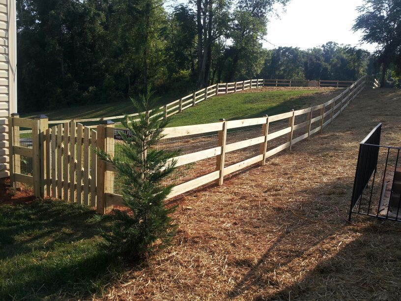 3 Board Paddock Wood Fence With Wire Mesh Warrenton Va Beitzell Fence Wire And Wood Fence Wood Fence Diy Fence