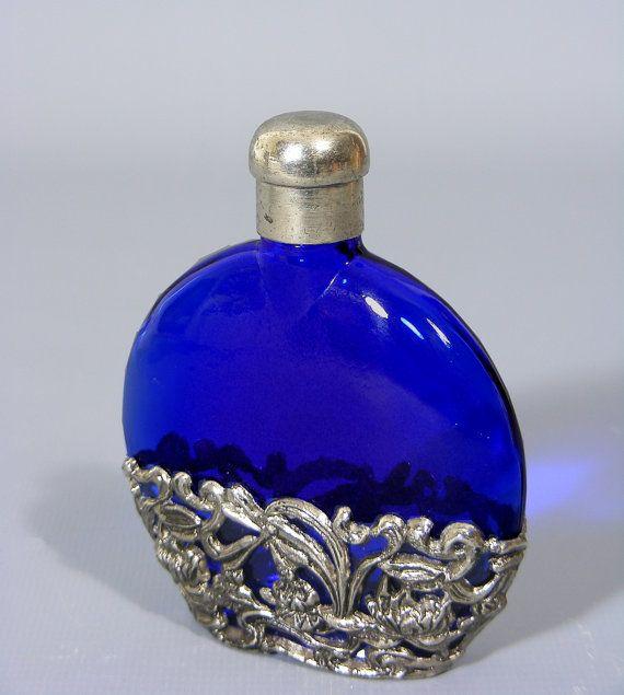 Vintage Blue Glass Perfume Bottle Beautiful Free UK Postage  £15.00