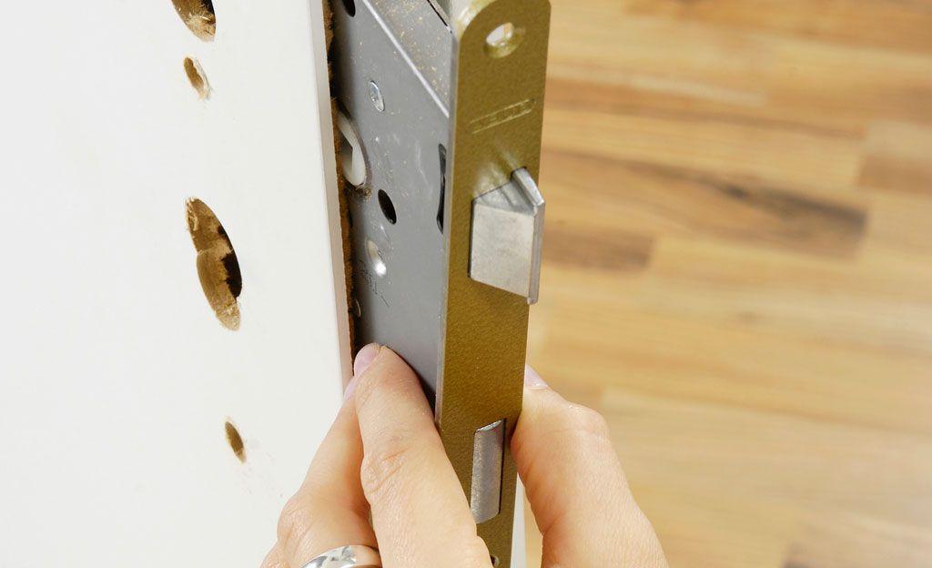 Zylinderschloss Ausbauen Selbst De Schliesszylinder Reparatur Renovieren