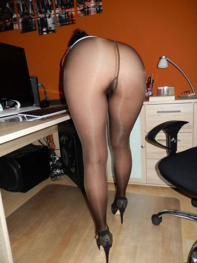 All the pantyhose lovers