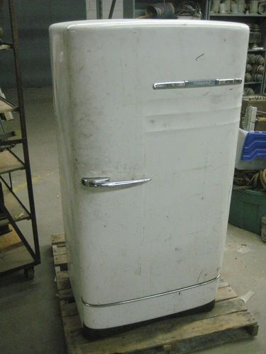 Vintage Antique Hotpoint Refrigerator 1948 Retro 40s 50s Great Shape And Works Ebay Hotpoint Vintage Antiques Hotpoint Refrigerator