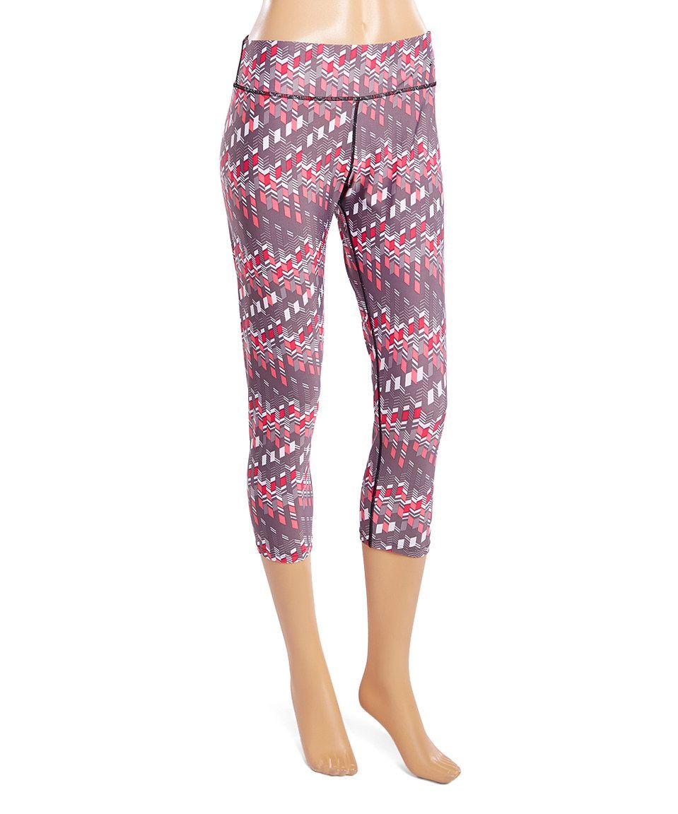 This LA Gear Bright Pink Geometric Capri Leggings by LA Gear is perfect! #zulilyfinds