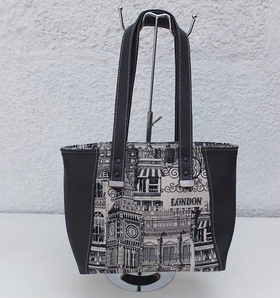 London Tote Ladies Handbag London Landmarks Handmade Bag Gift  london   totebag  ladiesgift  christmasgiftidea  uklandmarks  ladiesfashion   handmadewithlove ... ef77df4c24