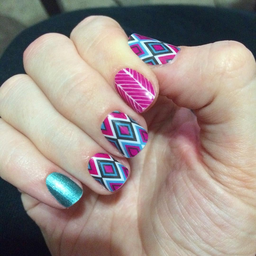 Loving my new nails!! #jamberrynailwraps #SouthwesternDiamondJN #JadedJN #SpearheadJN