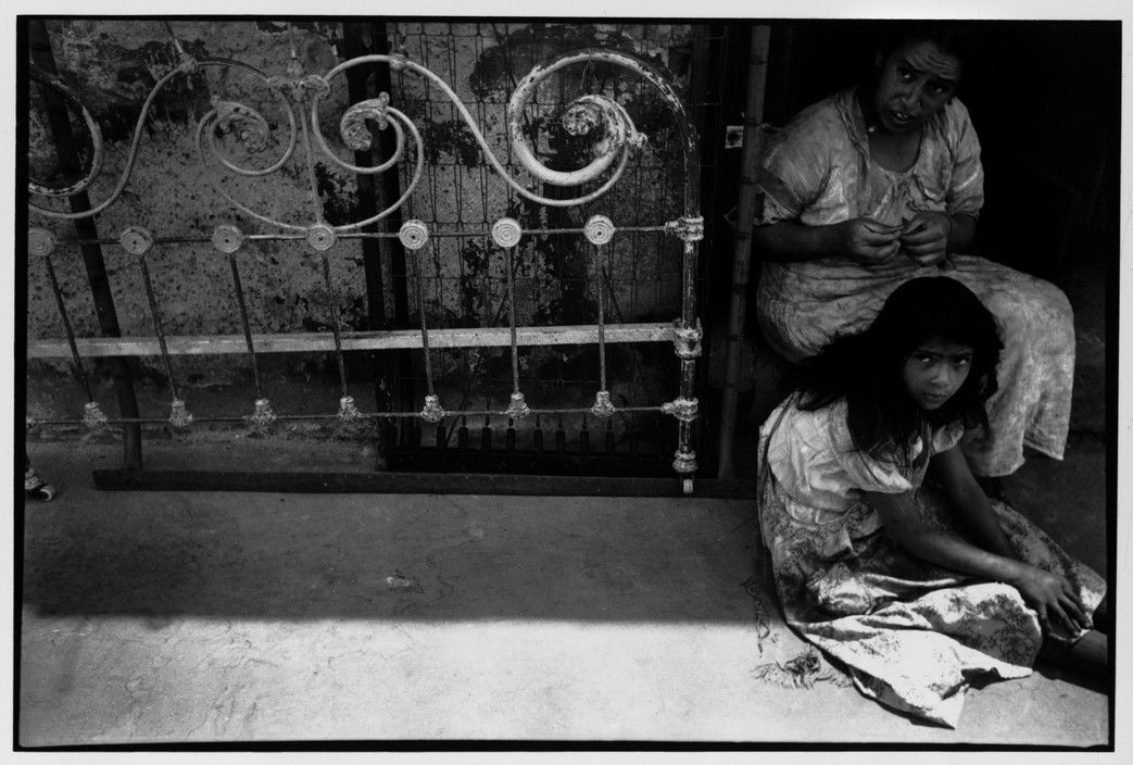 Henri Cartier-Bresson, 1934, MEXICO. Mexico City.  Learn Fine Art Photography - https://www.udemy.com/fine-art-photography/?couponCode=Pinterest10
