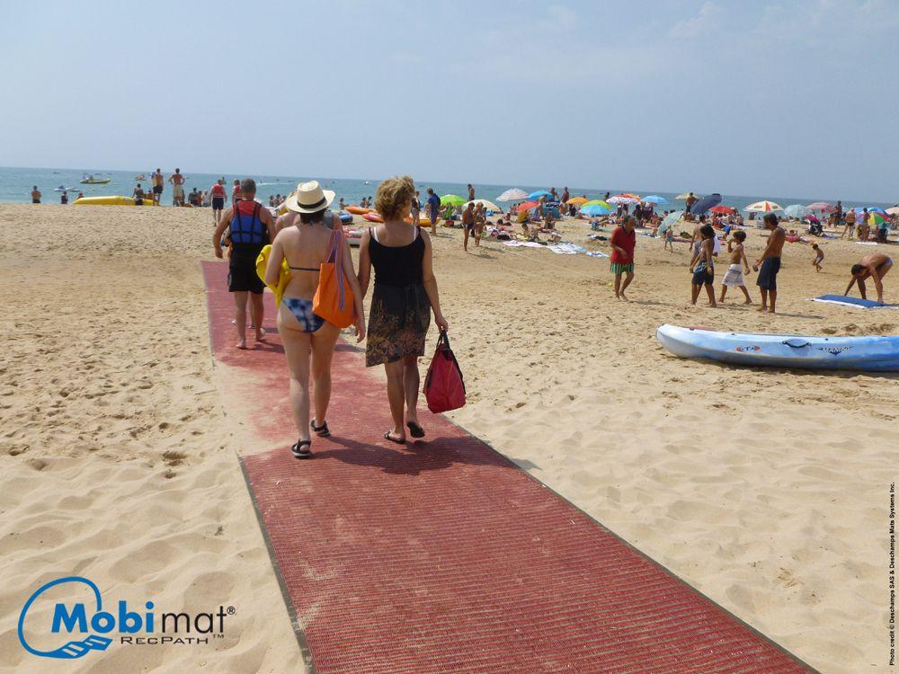 Recpath Roll Out Ada Beach Access Mat Mats Beach Outdoor