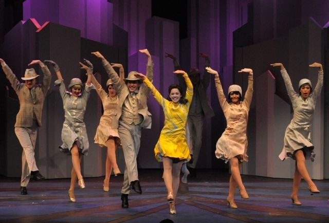 Thoroughly Modern Millie Original Broadway With Sutton Foster Millie Broadway Nyc Rain Costume