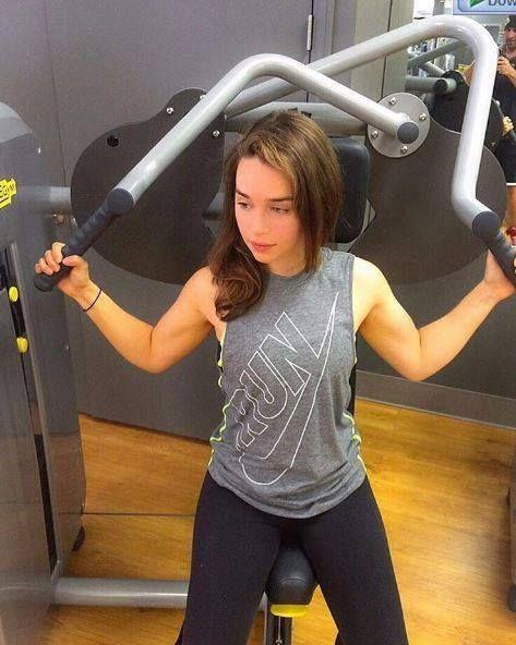Emilia Clarke | Emilia clarke body, Emilia clarke hot ...