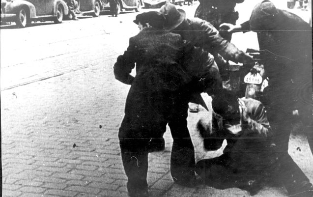 Lwow, Poland, Abusing a Jew during the Pogrom in 1941 ... Pictures Of Pogroms In Poland