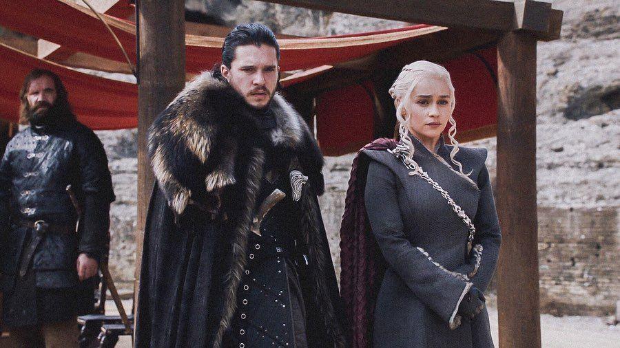 Jon Snow And Daenerys Targaryen Jon Snow And Daenerys Watchers On The Wall Tyler Blackburn