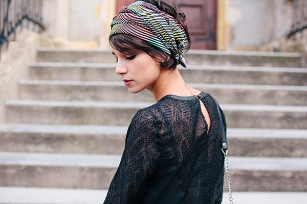 Le Daniel Powter Day Et Pourquoi Pas Coline Scarf Hairstyles Womens Hairstyles Headbands For Short Hair
