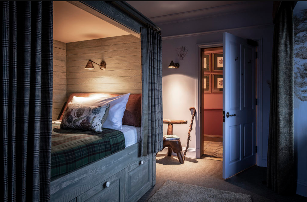 Lodgings Fit For The Royals A Historic Hunting Lodge In Scotland