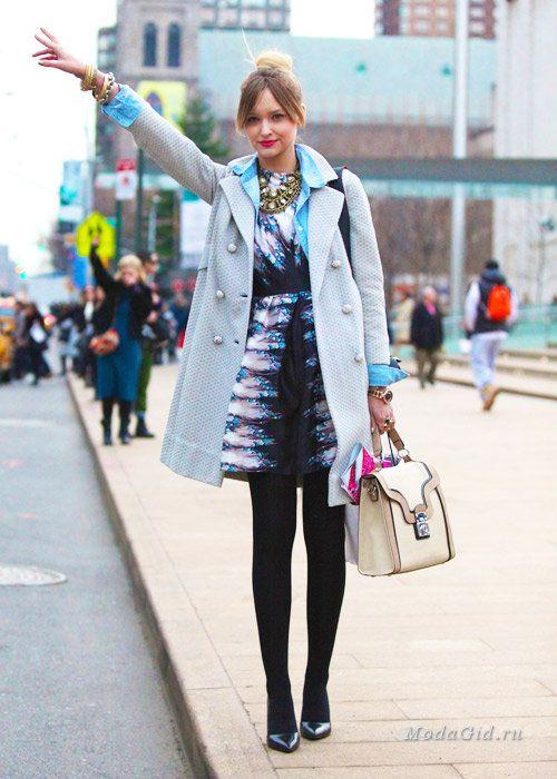 80bd3fb25d2 Уличная мода  Как носить платья зимой 2015 года