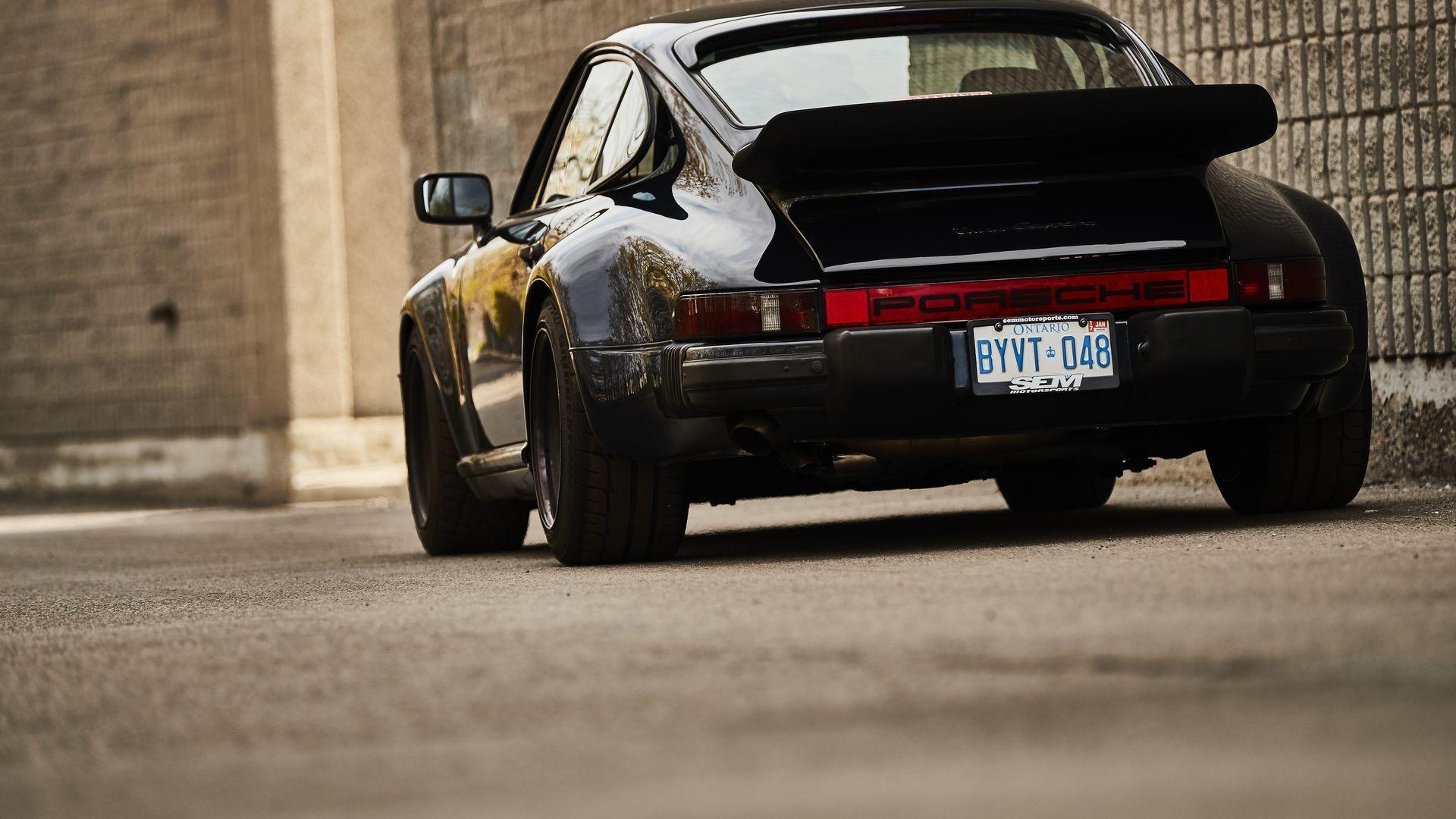 Bill Maceachern Y Su Porsche930 Porsche 930 Classic Porsche Porsche Sports Car