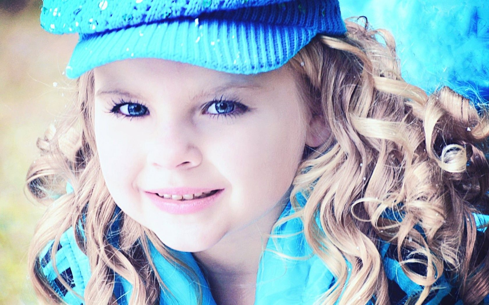 Baby Girl Blue Eye Wallpapers New Hd Wallpapers Baby Girl Blue Eyes Cute Baby Wallpaper Baby Girl Pictures