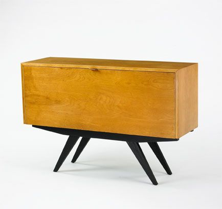 Lot 283: Florence Knoll. cabinet. 1947, birch, mahogany, leather. 48 ...